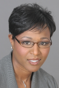 Headshot of Professor Tonya Evans